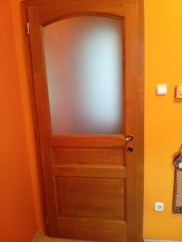 üveges beltéri ajtó